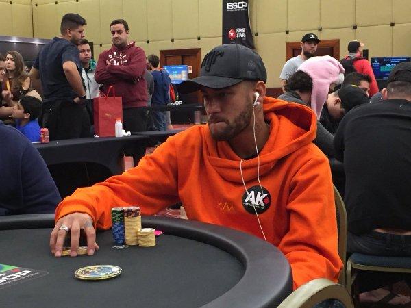 Неймар не стал лучшим футболистом, но пробился в финал покерного турнира